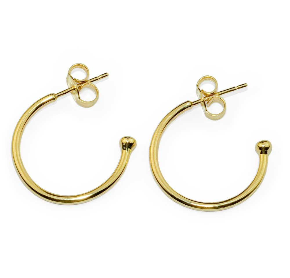 CLASSIC SMALL GOLD HOOP EARRINGS